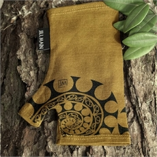 Merino Mitts Aotearoa Spiral Mustard -artists-and-brands-The Vault