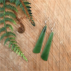 Pounamu Point Earrings Stg Silver Small-new-in-The Vault