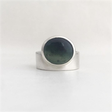 Pounamu Horizon Ring Silver-jewellery-The Vault