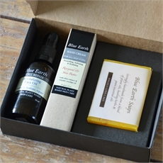 Giftbox - Hand Cream-Face Oil-Soap-bath-and-body-The Vault