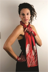 Merino Scarf Toi Toi Ruby-clothing-and-accessories-The Vault