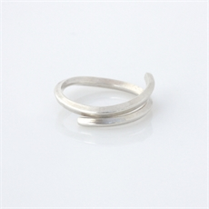 Flicker Ring Sterling Silver-jewellery-The Vault