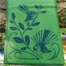 Merino Scarf Fantail Artichoke -new-The Vault