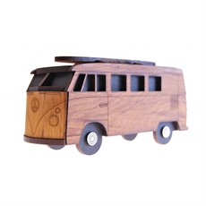 Box Clever Kombi-artists-and-brands-The Vault