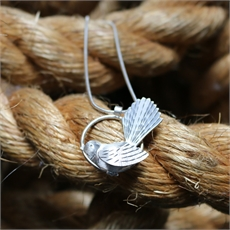 Circle Fantail Pendant Silver-jewellery-The Vault