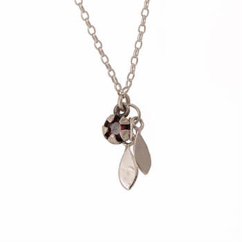 Red Manuka Pod & Leaves Necklace Garnet