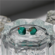 Faceted Studs Green-jewellery-The Vault