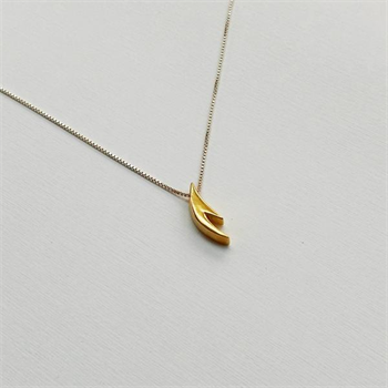 Small Antler Necklace Gold Plate